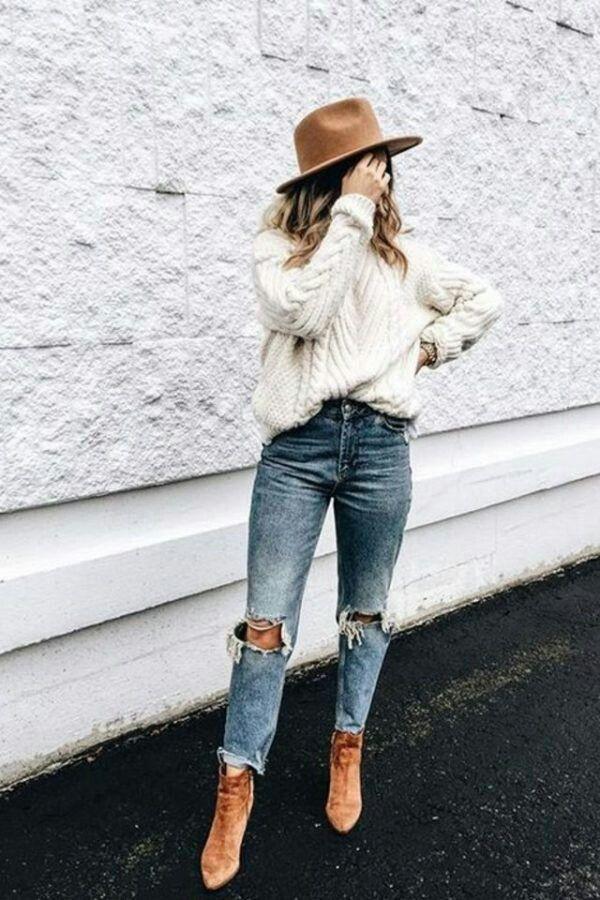Boho outfit neutral tones